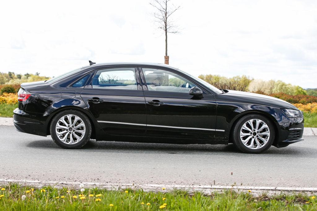 Erwischt: Neue Erlkönige des Audi A4 und A4 Avant