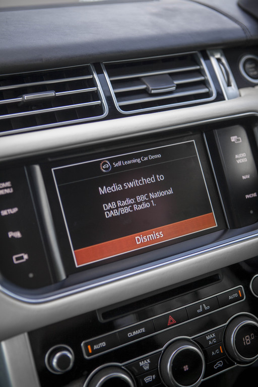 Jaguar Land Rover: Automatismen im Auto