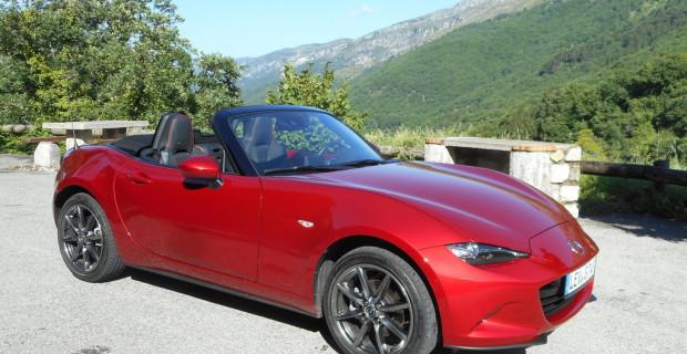 "Goodwood 2015: Mazda MX-5 - ""Raise the Roof"""