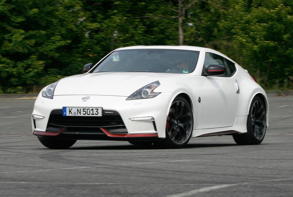 Test Nissan 370 Z Nismo: Motorsport all inclusive
