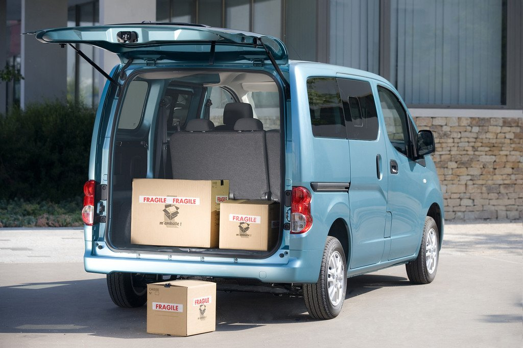 Nissan macht seine Nutzfahrzeuge sauberer und sicherer