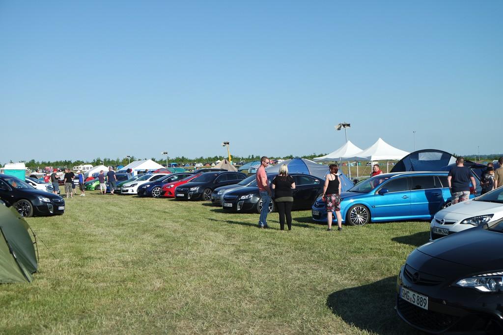 Opel-Treffen in Oschersleben: Alles so schön bunt hier