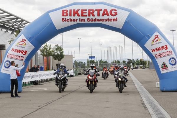 BMW und Biker - das passt