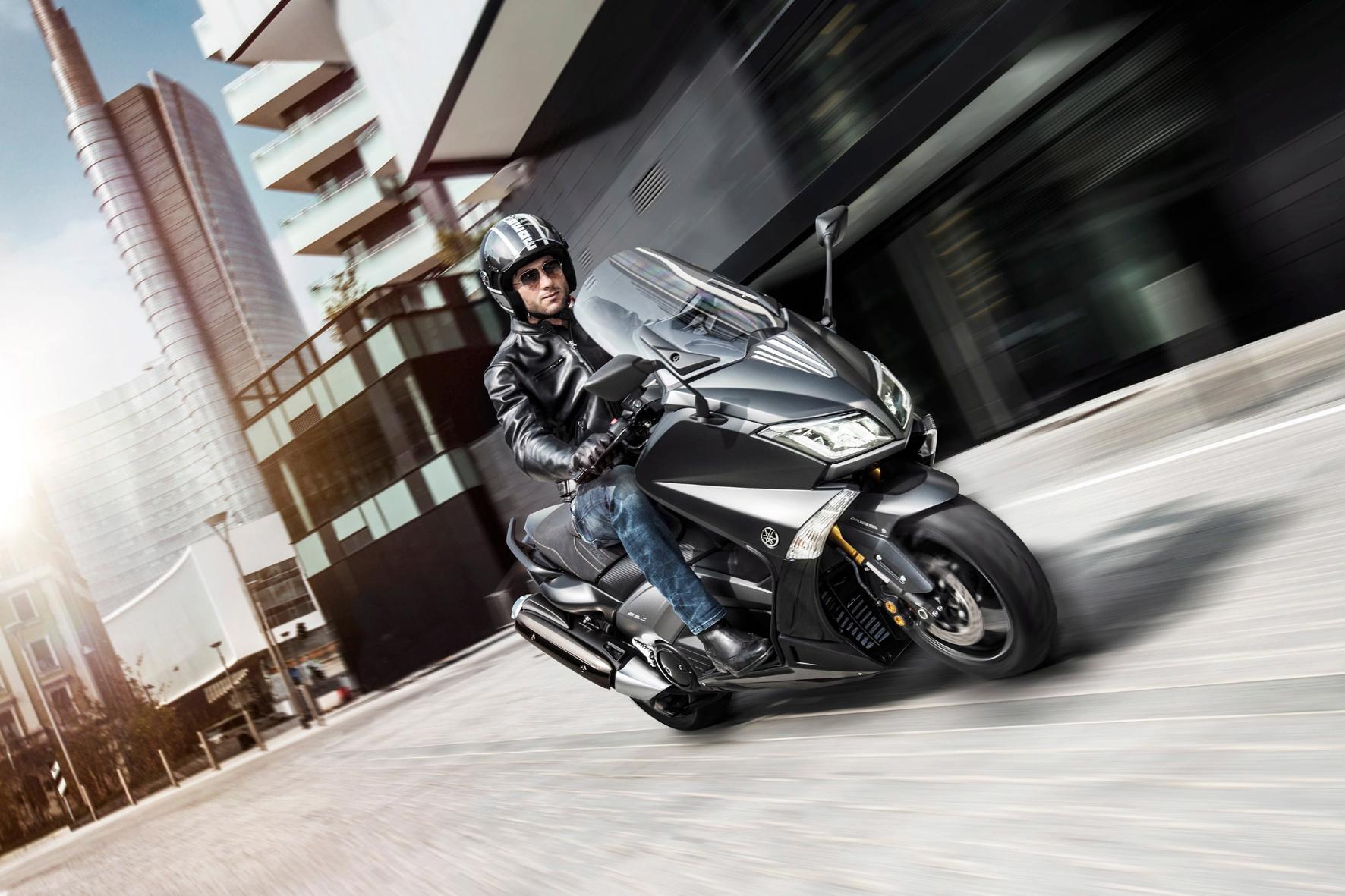Yamaha TMax Iron Max: Strammer Max