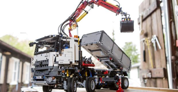 Mit 2.753 Elementen das größte LEGO Technic Modell, das jemals