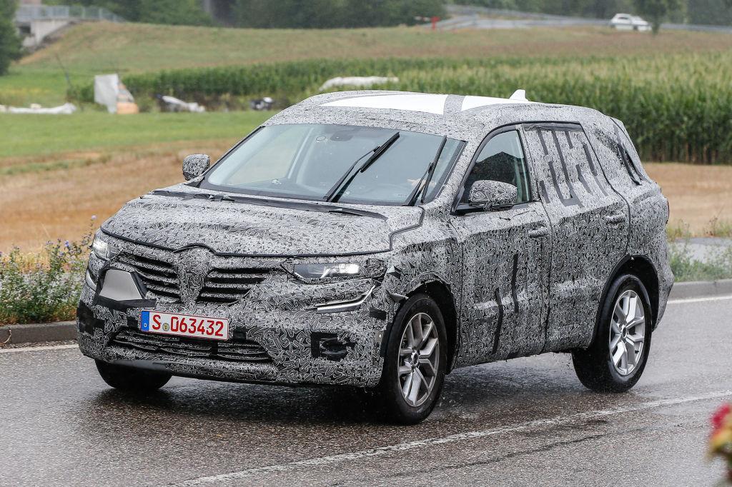 Bruder im Geiste: Die Basis des Renault SUV ist der Nissan X-Trail.