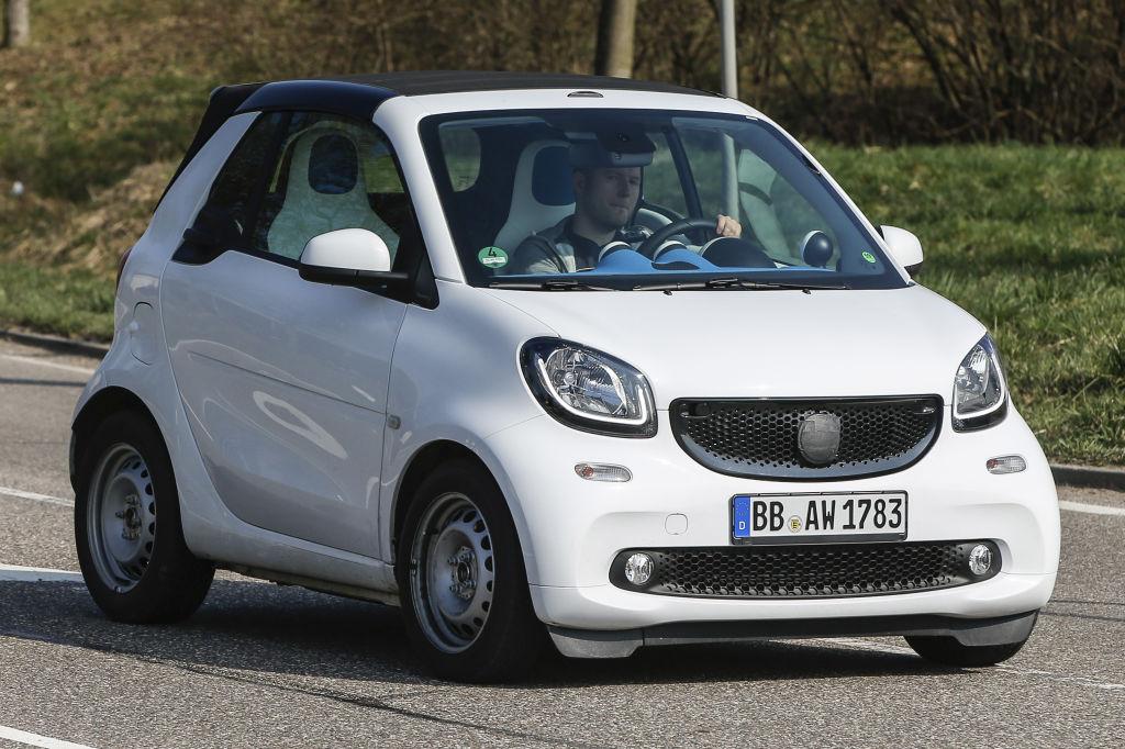 Basierend auf dem aktuellen Modell, wird es wieder ein Faltdach-Cabrio geben.