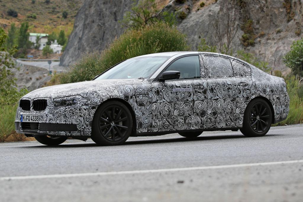 durch Verbundwerkstoffe ersetzt. BMW setzt auf eine Mischung aus Carbon und Aluminium, um eine...