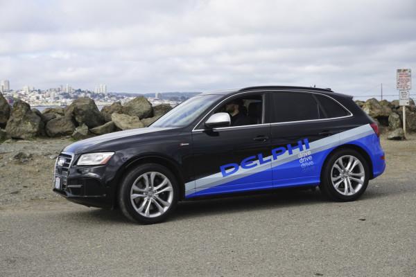 Bald auch in Deutschland: Ein autonom fahrendes Auto mit der Assistenz-Technik des Zulieferers Delphi.