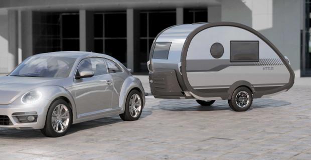Der kompakte Wohnwagen T@b hat sich im Laufe der Jahre zu einem Kult-Caravan entwickelt und bietet nun noch mehr Stauraum und Stehhöhe.