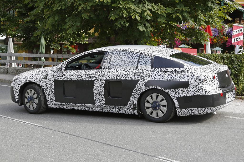 Opel Insignia / Buik Regal