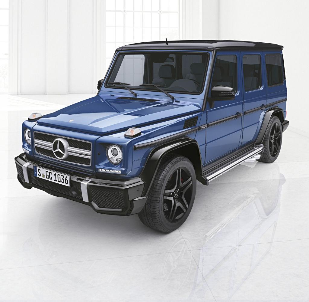 Mercedes-Benz G-Klasse, designo manufaktur, Interieur zweifarbig schwarz/rot mit roten Ziernähten
