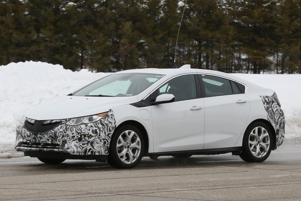 Erlkönig Opel Ampera 2017