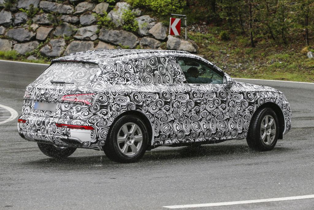 Erlkönig Audi Q5 2017er Modell ( Aufnahmen vom 24.05.2016)