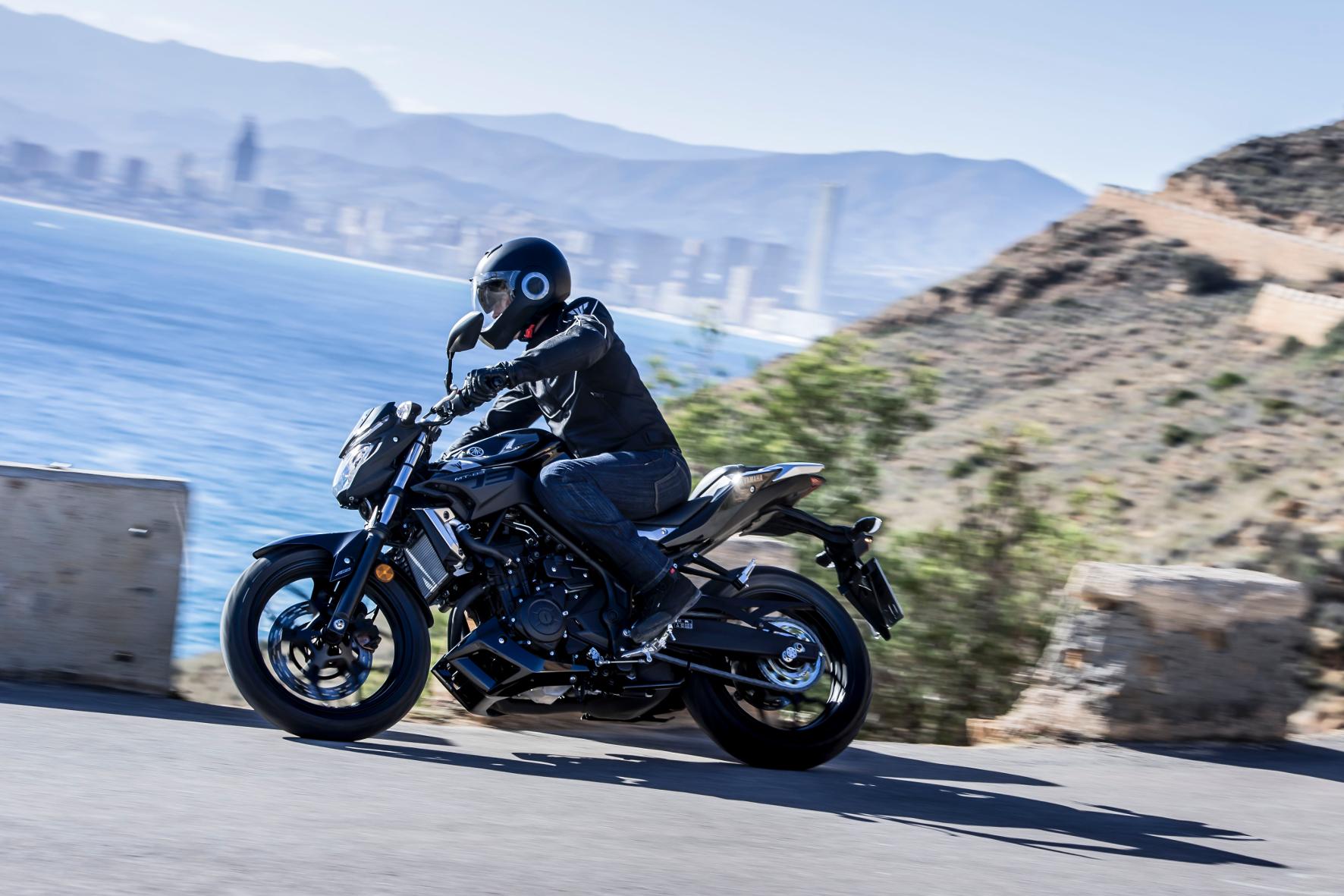 Mit der MT-03 will Yamaha vor allem die jugendliche Zielgruppe mit A2-Führerschein ansprechen.