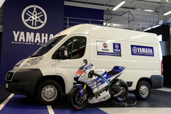 Fiat Professional ist mit dem Großraum-Transporter Ducato (Foto) und dem Pick-up Fullback bei jedem WM-Lauf der Motocross-Weltmeisterschaft dabei.