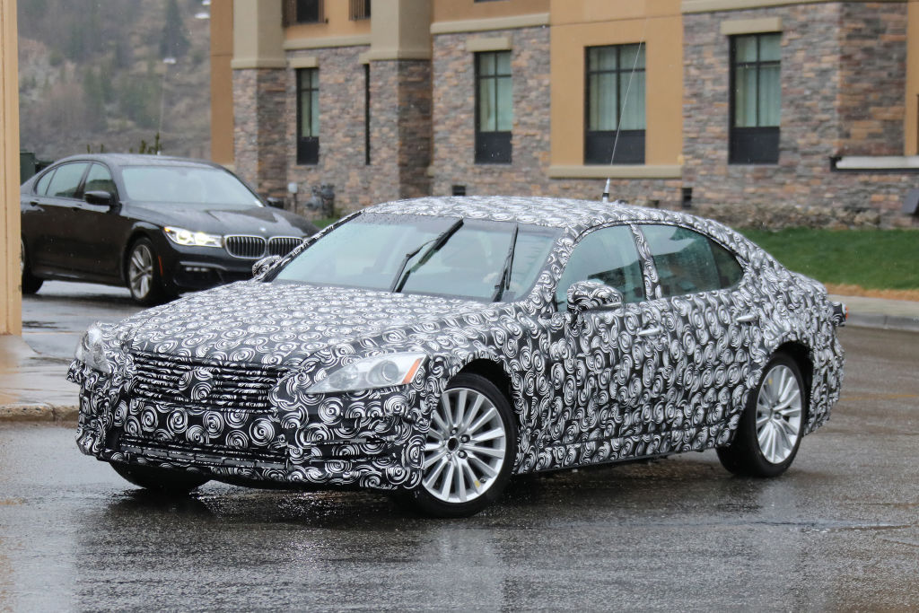 Erlkönig Lexus LS für 2017
