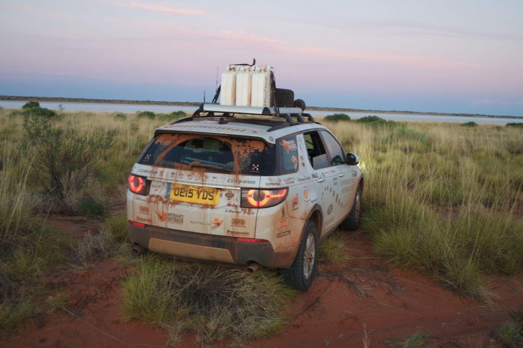 Land Rover Experience Australia 2015: am Ufer des Salzsees Lake Mackay