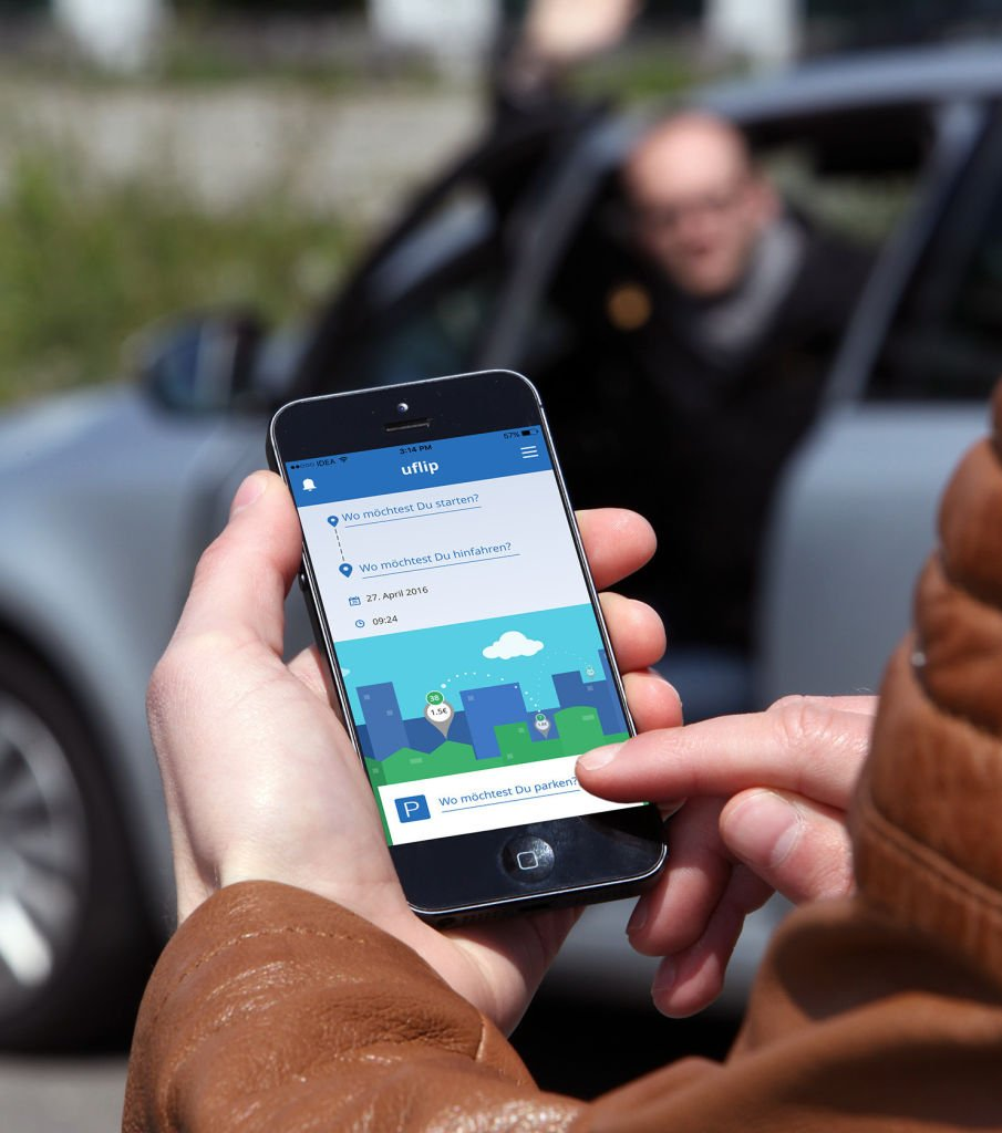 """Mit der Integration von Bla-Bla-Car bindet die Mobilitäts-App """"uflip"""" der ZF-Denkfabrik jetzt auch eine Option für Langstreckenreisen mit dem Auto ein. Mit der Integration von Bla-Bla-Car bindet die Mobilitäts-App """"uflip"""" der ZF-Denkfabrik jetzt auch eine Option für Langstreckenreisen mit dem Auto ein"""