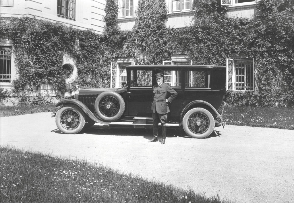 Staatspräsident Tomáš Garrigue Masaryk erhielt im Mai 1926 einen Skoda Hispano-Suiza. Staatspräsident Tomáš Garrigue Masaryk erhielt im Mai 1926 einen Skoda Hispano-Suiza