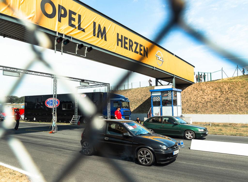 Opel-Treffen in Oschersleben