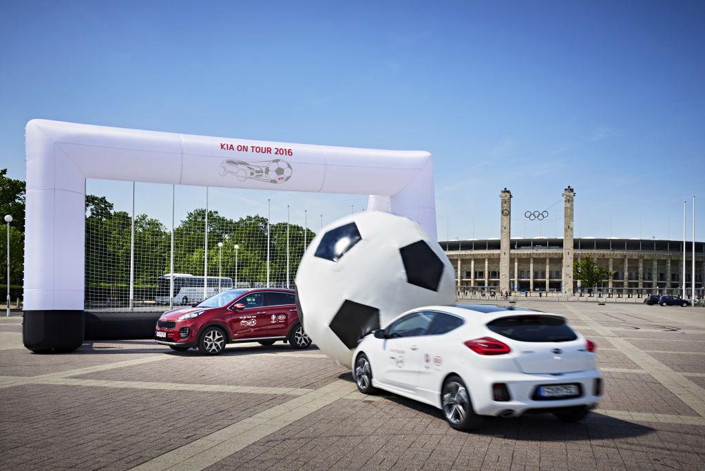 Kia-Roadshow mit Autoball