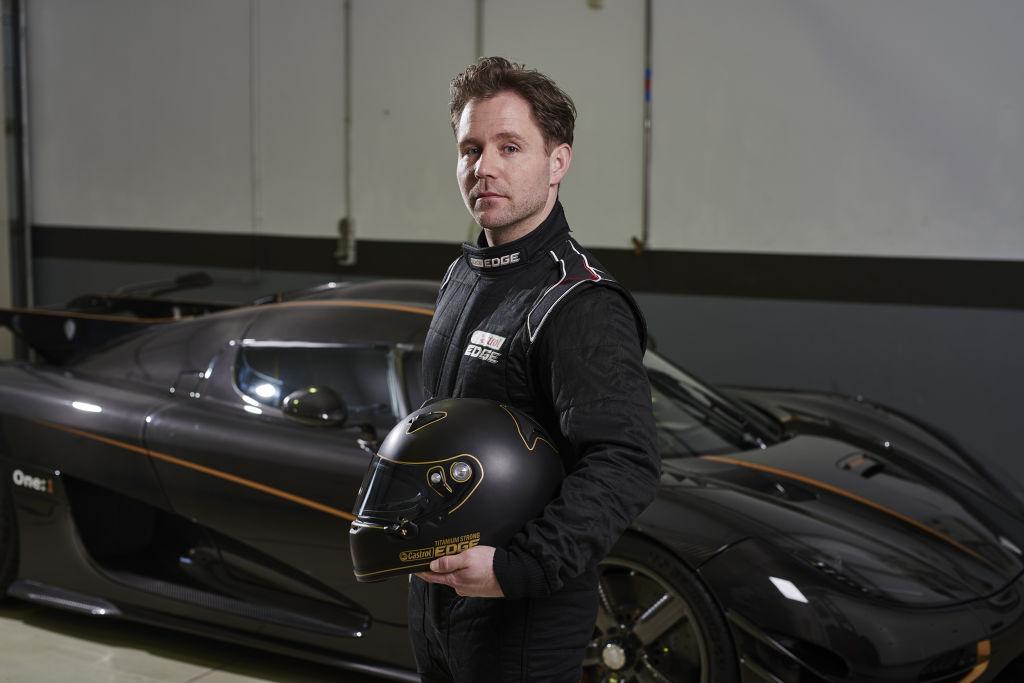 Der dänische Koenigsegg-Testfahrer Christoffer Nygaard fuhr den One:1, von dem es nur sechs Modelle weltweit gibt. Der Supersportwagen zeichnet sich durch ein unglaubliches Leistungsgewicht aus, das für ein Straßenauto zuvor als unmöglich erachtet wurde.