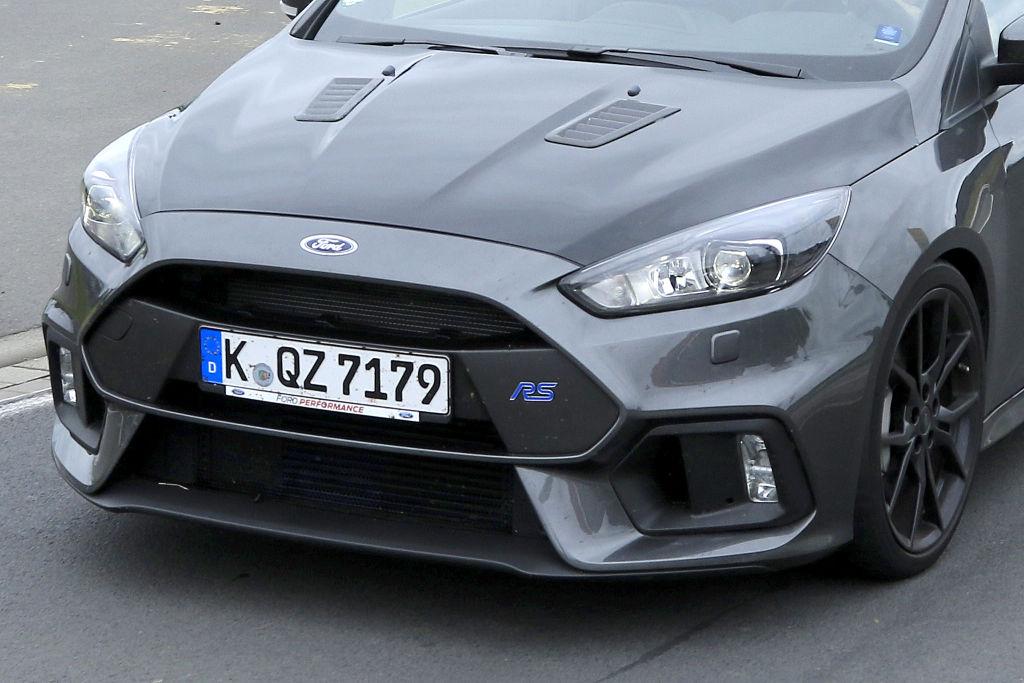 Ford Focus RS500 mit aggressiveren Stoßfängern