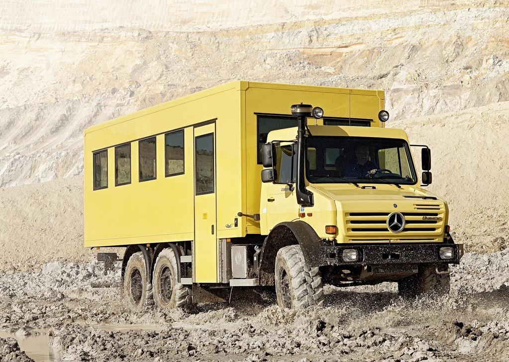 Unimog U 5000 6x6
