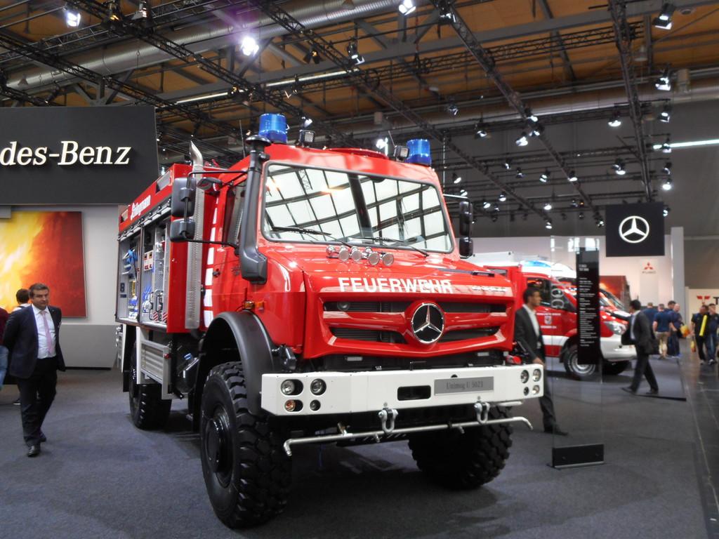Unimog U5023 als Tanklöschfahrzeug