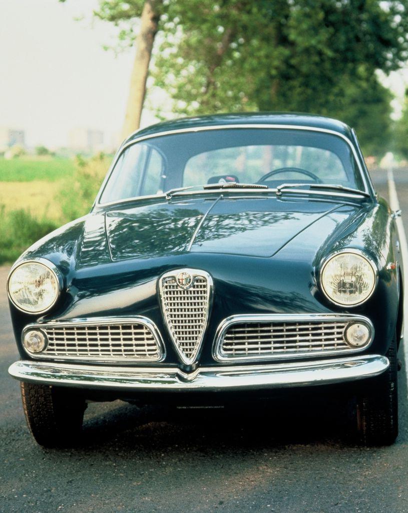 Alfa Romeo Giulia 1600 Sprint (1962–1965)