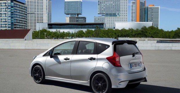 "Nissan Note ""Black Edition"""