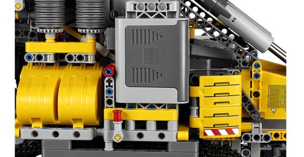LEGO-Technic-Schaufelradbagger Power-Functions-Motor