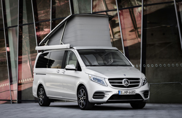 Marco Polo AMG Line, Exterieur, Frontschürze mit markanten Lufteinlässen, Rautengitter und Chromzierelemente, brillantsilber metallic ; Marco Polo AMG Line, exterior, front apron with its prominent air inlets, diamond-pattern mesh and chrome trim, brilliant silver metallic;