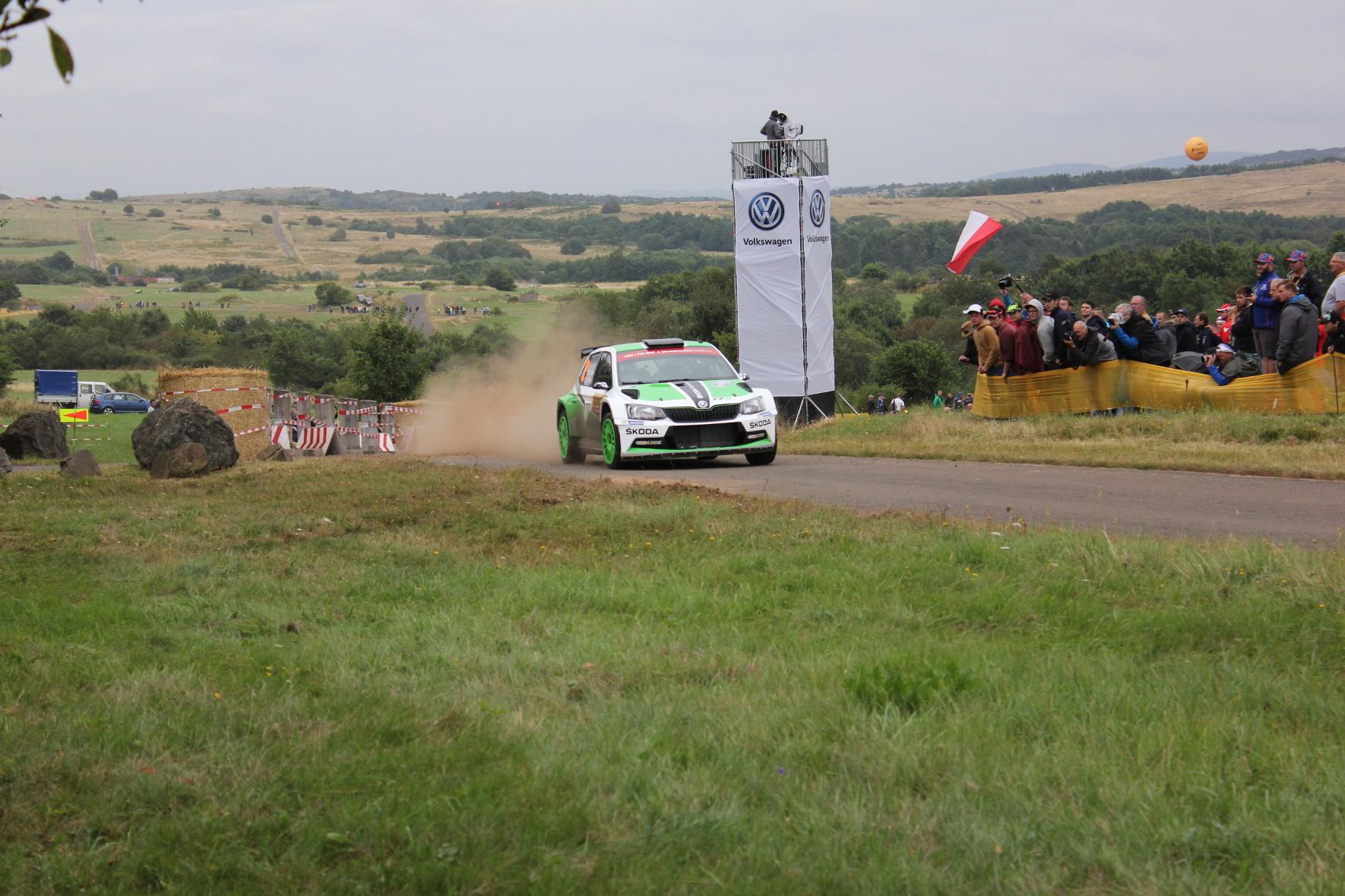 Für das Werksteam läuft es: Esapekka Lappi und Janne Ferm lassen es krachen und gewinnen die WRC2-Klasse der Deutschland Rallye.