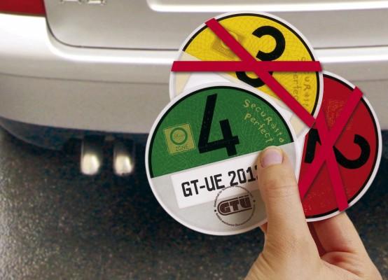Nach Schätzungen des Kfz-Gewerbes könnten noch rund zwei Millionen Dieselfahrzeuge durch die Filternachrüstung eine grüne Plakette bekommen.