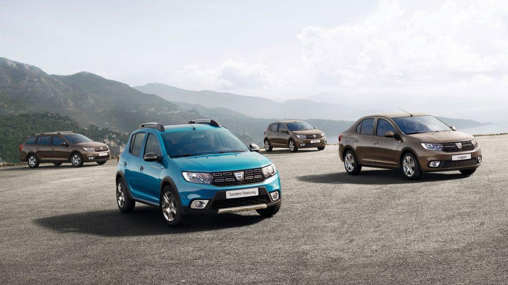 Dacia Logan MCV, Sandero Stepway, Sandero und Logan (v.l.).