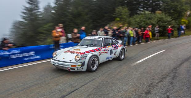Der Porsche 911 SC San Remo zieht noch immer die Blicke der Motorsport-Fans auf sich.