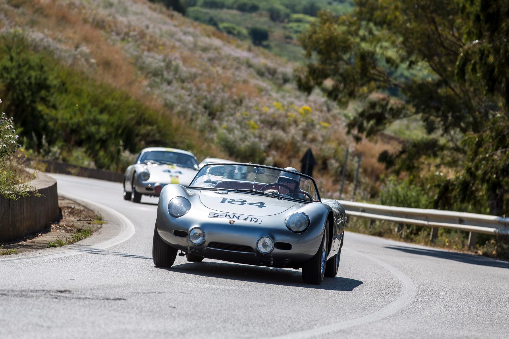 Zeitlos schön: der 718 RS 60 Spyder. Beim Berglauf am Rossfeld können die Fans den Sportwagen jetzt wieder bestaunen.