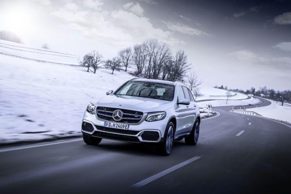 Mercedes-Benz GLC F-Cell.