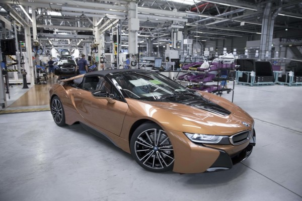Produktion des BMW i8 Roadster