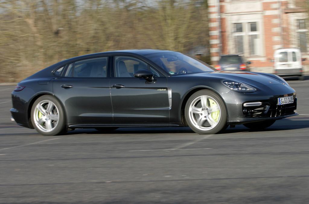 Porsche Panamera E-Hybrid Executive.