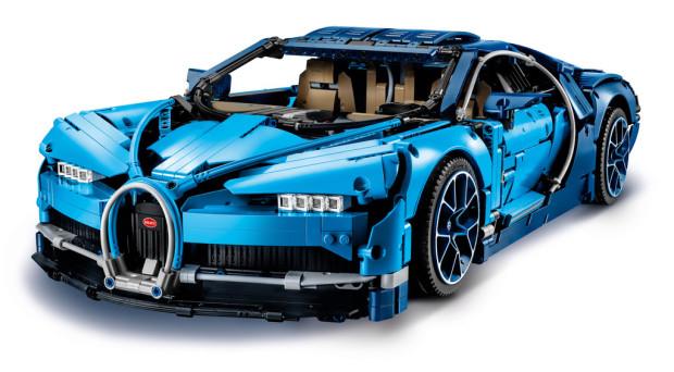 Bugatti Chiron von Lego Technic im Maßstab 1:8.