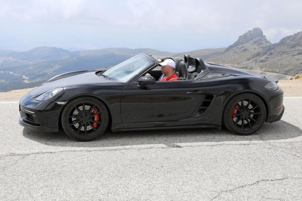 Porsche Boxter Spyder.