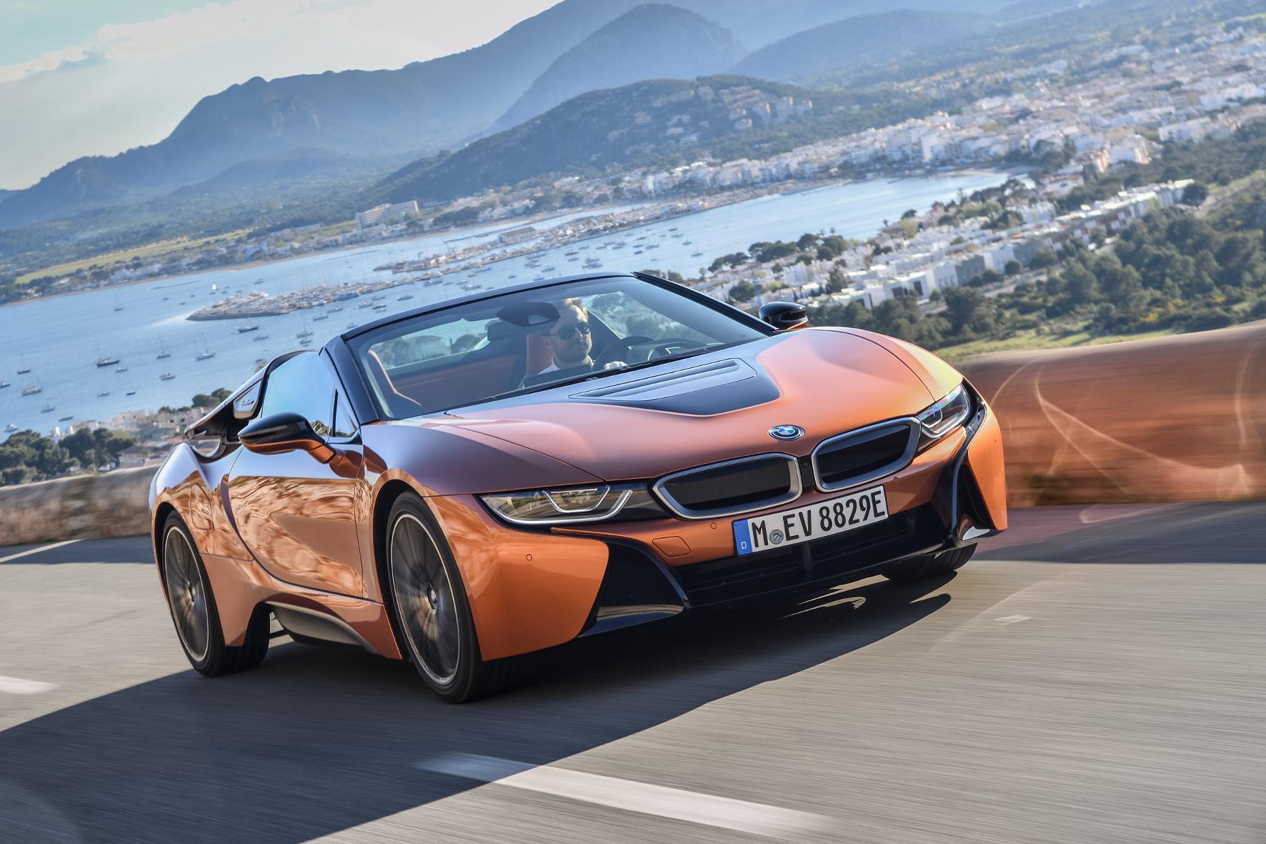Mindestens 155.000 Euro werden für den BMW i8 Roadster fällig.