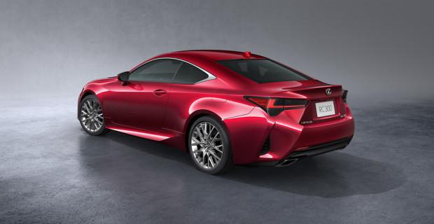 Lexus RC.