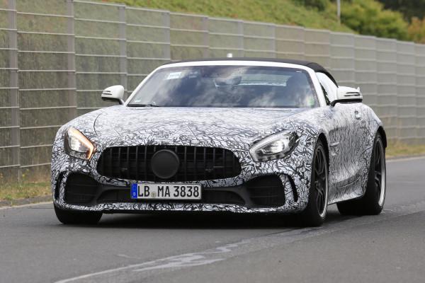 Mercedes-AMG GT R Roadster.