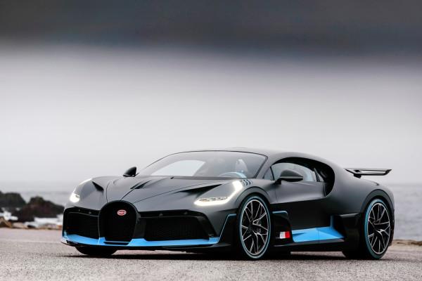 Typisch Bugatti - bloß noch einen Tick dynamischer: der neue Divo.