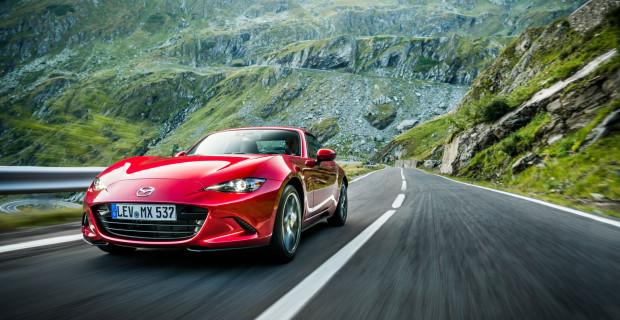 Der technisch überarbeitete Mazda MX-5 RF ist für eine Traumpiste wie die rumänische Transfagarasan wie geschaffen.