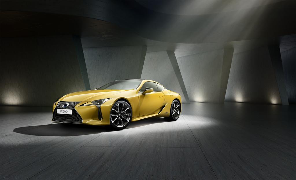Lexus LC Yellow Edition.